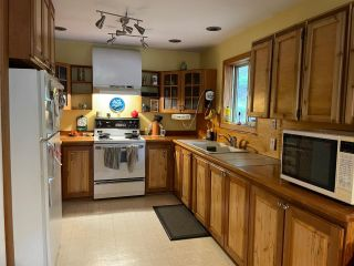 Photo 8: 113 WESCO ROAD in Ymir: House for sale : MLS®# 2461516