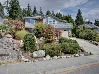 Photo 1: 6320 SAMRON Road in Sechelt: Sechelt District House for sale (Sunshine Coast)  : MLS®# R2614645