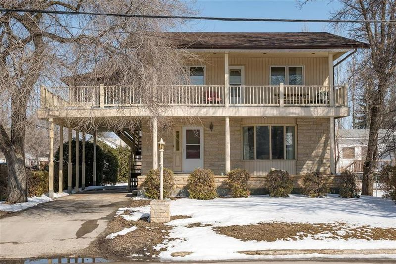 FEATURED LISTING: 489 St Joseph Avenue West St Pierre-Jolys