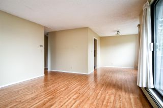 """Photo 5: 318 1740 SOUTHMERE Crescent in Surrey: Sunnyside Park Surrey Condo for sale in """"Spinnaker II"""" (South Surrey White Rock)  : MLS®# R2319448"""