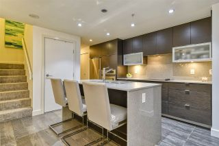 Photo 6: 186 CHESTERFIELD AVENUE in North Vancouver: Lower Lonsdale Townhouse for sale : MLS®# R2423323