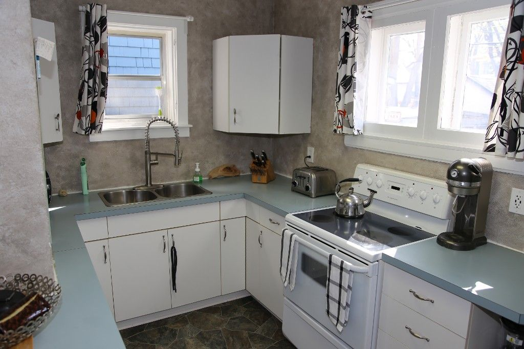 Photo 8: Photos: 684 Ashburn Street in Winnipeg: West End/Polo Park Single Family Detached for sale (West Winnipeg)  : MLS®# 1511759