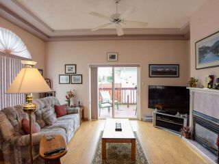 Photo 4: 27 677 BUNTING PLACE in COMOX: CV Comox (Town of) Row/Townhouse for sale (Comox Valley)  : MLS®# 791873