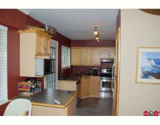 Photo 9: 8406 109B Street in Delta: Nordel House for sale (N. Delta)  : MLS®# F2915419