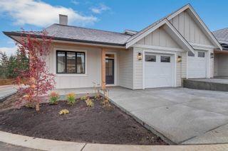 Photo 1: 147 4098 Buckstone Rd in COURTENAY: CV Courtenay City Row/Townhouse for sale (Comox Valley)  : MLS®# 837039
