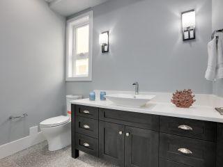 Photo 10: 1251 KENT STREET: White Rock House for sale (South Surrey White Rock)  : MLS®# R2562536