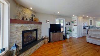 """Photo 17: 55680 JARDINE LOOP Road in Vanderhoof: Cluculz Lake House for sale in """"Cluculz Lake"""" (PG Rural West (Zone 77))  : MLS®# R2598247"""