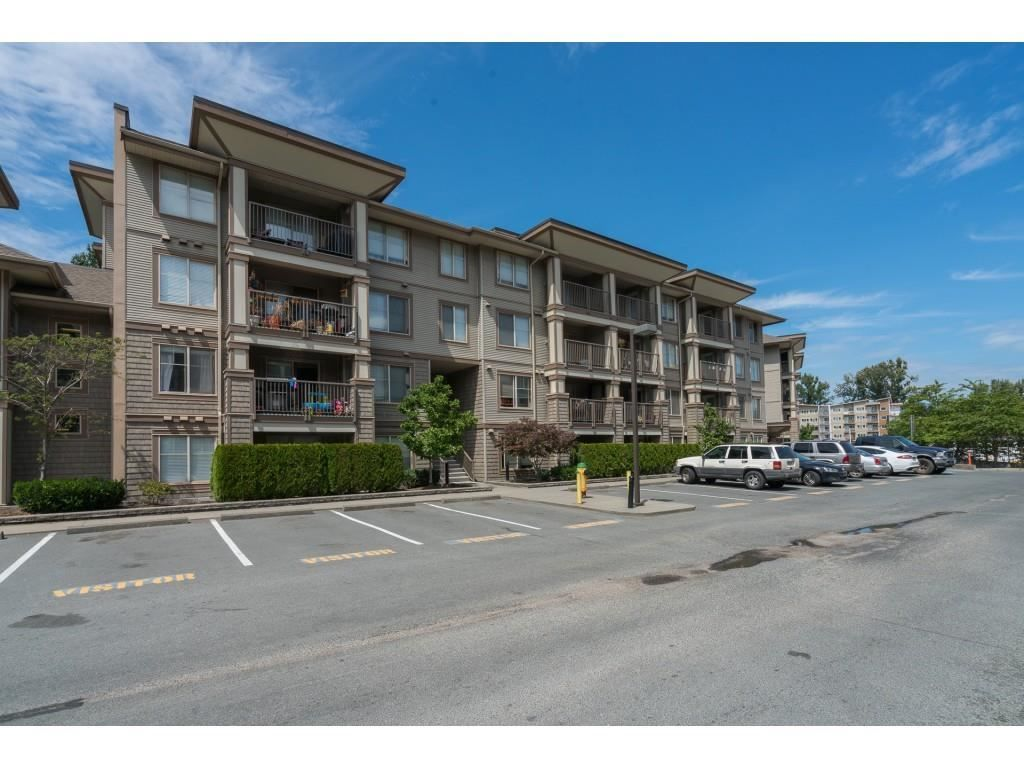 """Main Photo: 210 45567 YALE Road in Chilliwack: Chilliwack W Young-Well Condo for sale in """"THE VIBE"""" : MLS®# R2591527"""