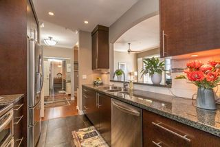Photo 3: 505 3608 DEERCREST DRIVE in North Vancouver: Roche Point Condo for sale : MLS®# R2488419