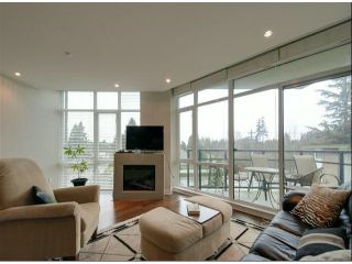 """Photo 5: 405 14824 N BLUFF Road: White Rock Condo for sale in """"BELAIRE"""" (South Surrey White Rock)  : MLS®# F1228848"""