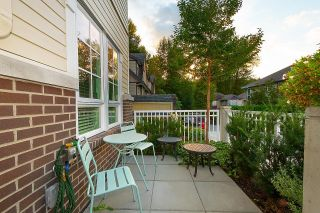 """Photo 4: 2127 SPRING Street in Port Moody: Port Moody Centre Townhouse for sale in """"EDGESTONE"""" : MLS®# R2614994"""