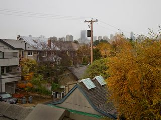 Photo 16: 1961 WHYTE Avenue in Vancouver: Kitsilano 1/2 Duplex for sale (Vancouver West)  : MLS®# V920180