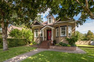 """Photo 1: 130 CARROLL Street in New Westminster: The Heights NW House for sale in """"The Heights"""" : MLS®# R2613864"""