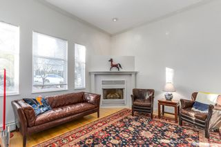 Photo 3: 1827 7TH AVENUE in Vancouver East: Home for sale : MLS®# R2133768