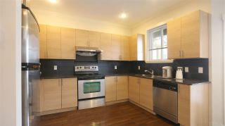 Photo 3: 17 1211 EWEN AVENUE in New Westminster: Queensborough Townhouse for sale : MLS®# R2043913
