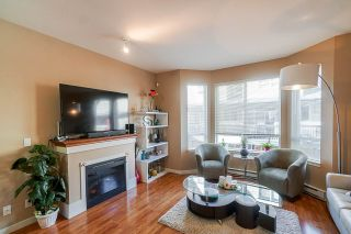 Photo 8: 11 16772 61 Avenue in Surrey: Cloverdale BC Townhouse for sale (Cloverdale)  : MLS®# R2427657