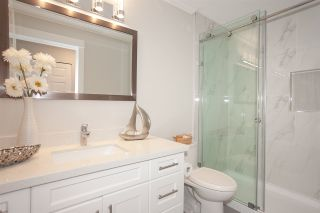 """Photo 13: 73 5550 LANGLEY Bypass in Langley: Langley City Townhouse for sale in """"Riverwynde"""" : MLS®# R2427562"""