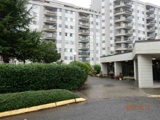 "Photo 3: 816 31955 OLD YALE Road in Abbotsford: Abbotsford West Condo for sale in ""Evergreen Village"" : MLS®# R2117382"