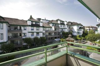 Photo 15: 405 1575 BEST STREET: White Rock Condo for sale (South Surrey White Rock)  : MLS®# R2032421