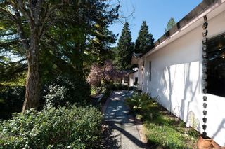 Photo 3: 8592 Deception Pl in : NS Dean Park House for sale (North Saanich)  : MLS®# 872952