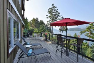 Photo 1: 6164 POISE ISLAND Drive in Sechelt: Sechelt District House for sale (Sunshine Coast)  : MLS®# R2372407