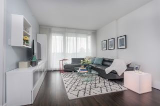 """Photo 3: 205 3168 RIVERWALK Avenue in Vancouver: Champlain Heights Condo for sale in """"SHORELINE BY POLYGON"""" (Vancouver East)  : MLS®# R2315769"""