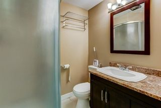 Photo 12: 1428 Rosehill Drive NW in Calgary: Rosemont Semi Detached for sale : MLS®# A1149230