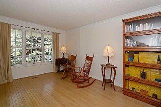 Photo 5: 65 Heatherwood Crest in Markham: Unionville House (3-Storey) for sale : MLS®# N2885787