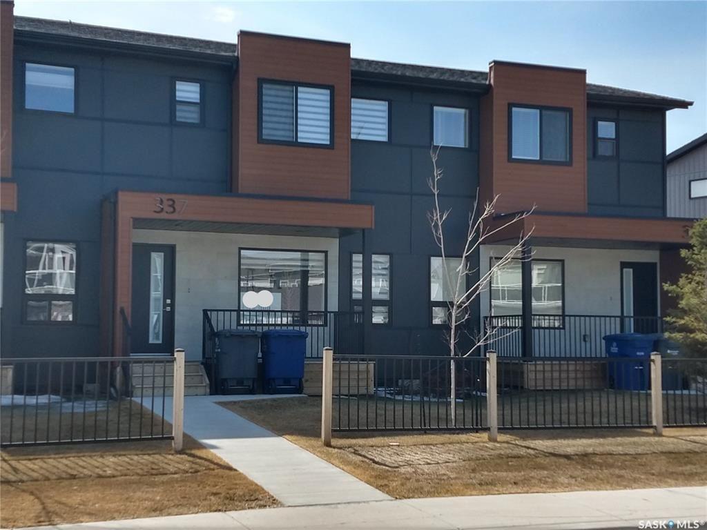 Main Photo: 337 Rajput Way in Saskatoon: Evergreen Residential for sale : MLS®# SK759804