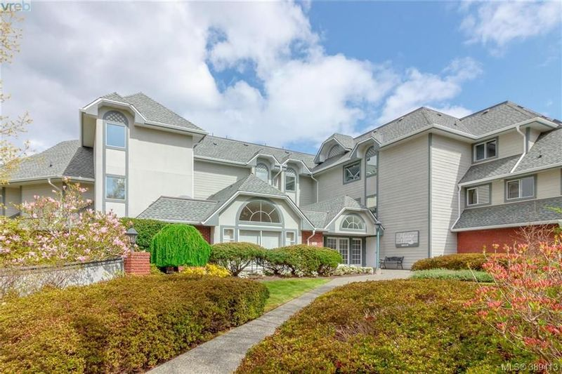 FEATURED LISTING: 202 - 10431 Resthaven Dr SIDNEY
