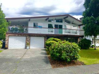 Photo 1: 10380 REYNOLDS Drive in Richmond: Woodwards House for sale : MLS®# R2082978