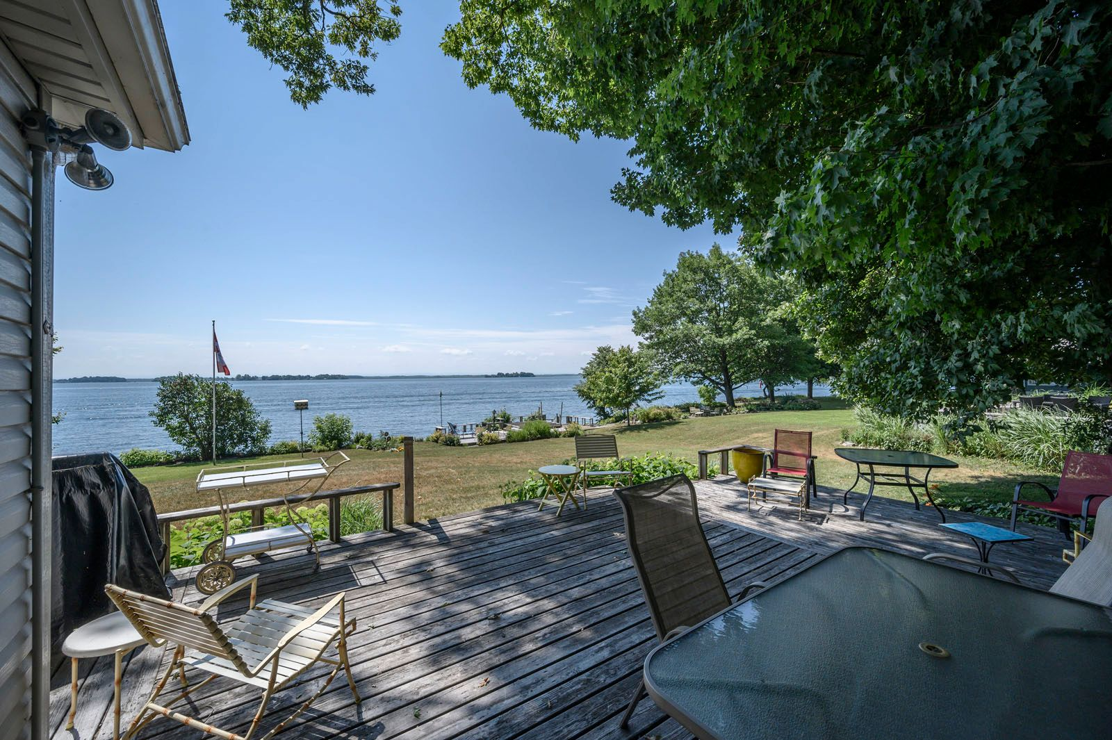 Photo 2: Photos: 54 Hamilton Island Road in Summerstown: Summerstown, ON Recreational for sale (St.Lawrence River)