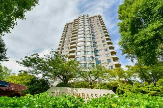 "Photo 3: 1602 7321 HALIFAX Street in Burnaby: Simon Fraser Univer. Condo for sale in ""THE AMBASSADOR"" (Burnaby North)  : MLS®# R2482194"