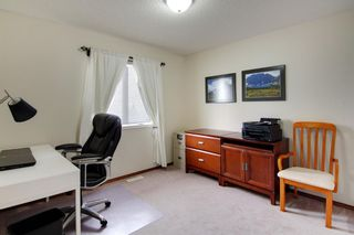 Photo 21: 60 Somerset Park SW in Calgary: Somerset Detached for sale : MLS®# A1084018