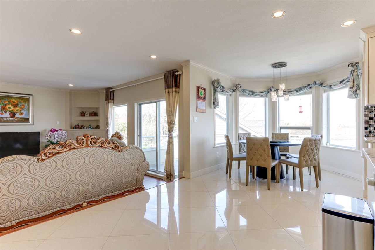 """Photo 9: Photos: 342 ROSEHILL Wynd in Delta: Pebble Hill House for sale in """"ROSEHILL"""" (Tsawwassen)  : MLS®# R2563292"""