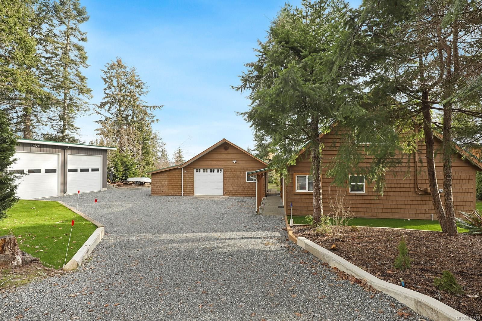 Main Photo: 6632 Mystery Beach Dr in : CV Union Bay/Fanny Bay House for sale (Comox Valley)  : MLS®# 870583