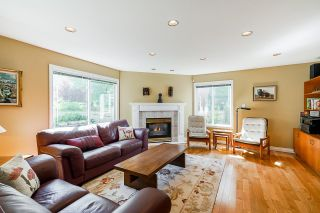 """Photo 18: 2232 140A Street in Surrey: Sunnyside Park Surrey House for sale in """"FOREST EDGE"""" (South Surrey White Rock)  : MLS®# R2602722"""