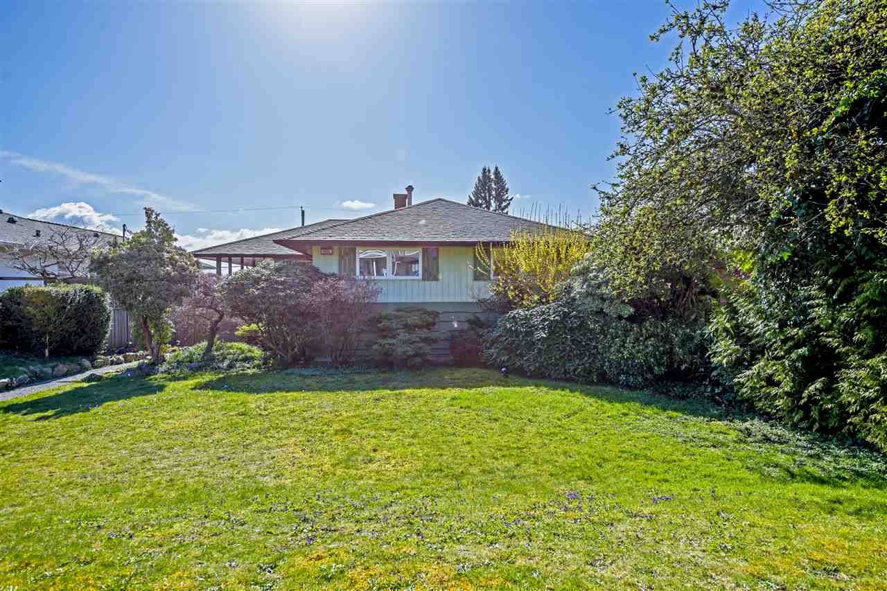 Main Photo: 1015 CALVERHALL Street in North Vancouver: Calverhall House for sale : MLS®# R2556703