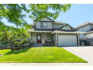 """Photo 2: 16648 62A Avenue in Surrey: Cloverdale BC House for sale in """"West Cloverdale"""" (Cloverdale)  : MLS®# R2477530"""