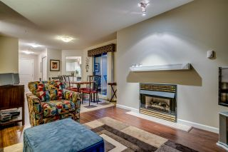 """Photo 4: 434 1252 TOWN CENTRE Boulevard in Coquitlam: Canyon Springs Condo for sale in """"THE KENNEDY"""" : MLS®# R2227746"""