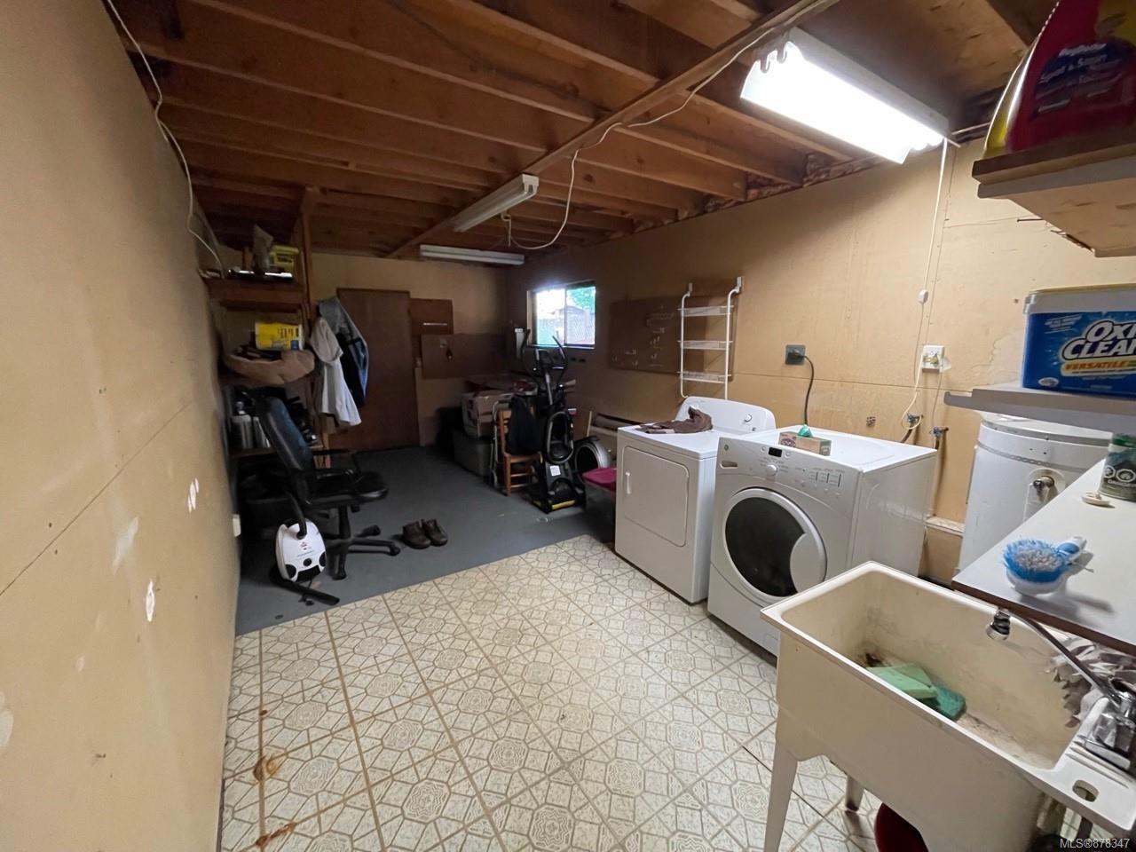 Photo 13: Photos: 334 Texada Pl in : CV Comox (Town of) House for sale (Comox Valley)  : MLS®# 878347