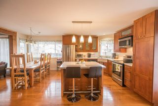 Photo 7: 18461 57A Avenue in Surrey: Cloverdale BC House for sale (Cloverdale)  : MLS®# R2154507