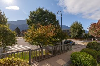 """Photo 17: 102 1203 PEMBERTON Avenue in Squamish: Downtown SQ Condo for sale in """"EAGLE GROVE"""" : MLS®# R2615257"""