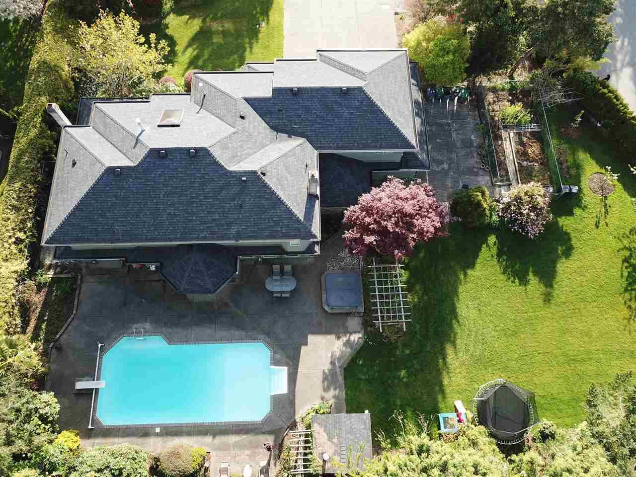"""Main Photo: 1911 134 Street in Surrey: Crescent Bch Ocean Pk. House for sale in """"Chatham Green Ocean Park"""" (South Surrey White Rock)  : MLS®# R2572714"""