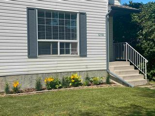 Photo 3: 12118 122 Street NW in Edmonton: Zone 04 House Half Duplex for sale : MLS®# E4257803