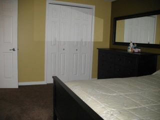 Photo 5: 3121 DOVER Crescent SE in CALGARY: Dover Residential Attached for sale (Calgary)  : MLS®# C3536912