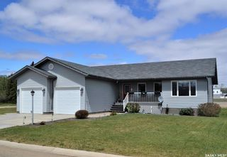 Photo 1: 602 1st Avenue South in Bruno: Residential for sale : MLS®# SK856112