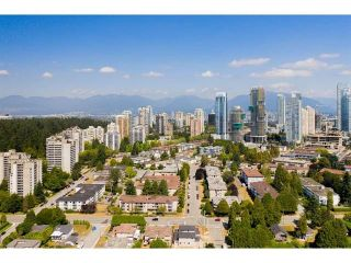 Photo 8: 7111 WILLINGDON Avenue in Burnaby: Metrotown House for sale (Burnaby South)  : MLS®# R2419004