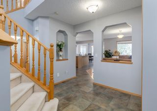 Photo 4: 368 Cranfield Gardens SW in Calgary: Cranston Detached for sale : MLS®# A1118684