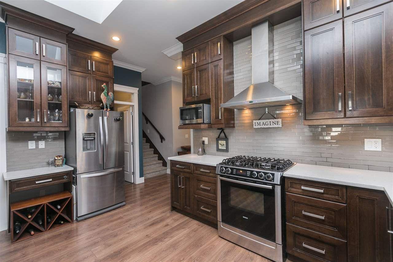 Main Photo: 11783 72 Avenue in Delta: Scottsdale 1/2 Duplex for sale (N. Delta)  : MLS®# R2241404